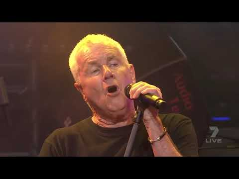 On Stage - Daryl Braithwaite - Telethon 2017