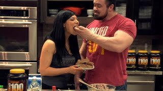 Strawberry Banana Protein Bars - Feed A Mutant W/emily Adams + Ron Partlow
