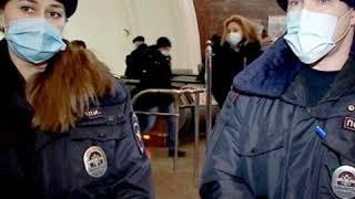В Москве сотрудники полиции приняли роды в метро