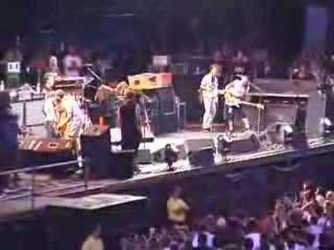 Pearl Jam - Rockin' in the Free World (Hershey 7-12-03)