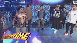 Video It's Showtime Copy-Cut: Vice notices something on Bugoy's pants download MP3, 3GP, MP4, WEBM, AVI, FLV Juni 2018