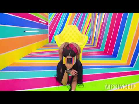 Nicki Minaj VS Rihanna (TWERK BATTLE)