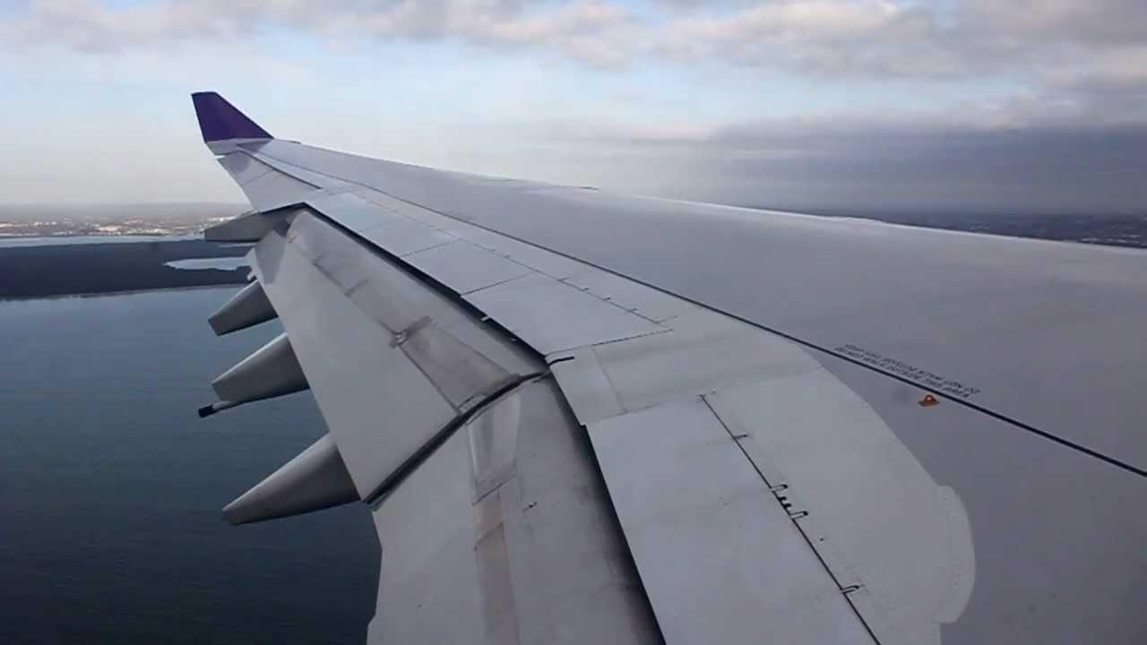Download Thai Airways Airbus A340 Landing - Sydney (TG 475)