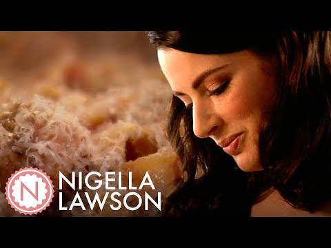 Nigella Lawson's Homemade Spaghetti and Meatballs | Nigella Bites