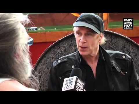 "Billy SHEEHAN ""We dont' need Fast Food"""