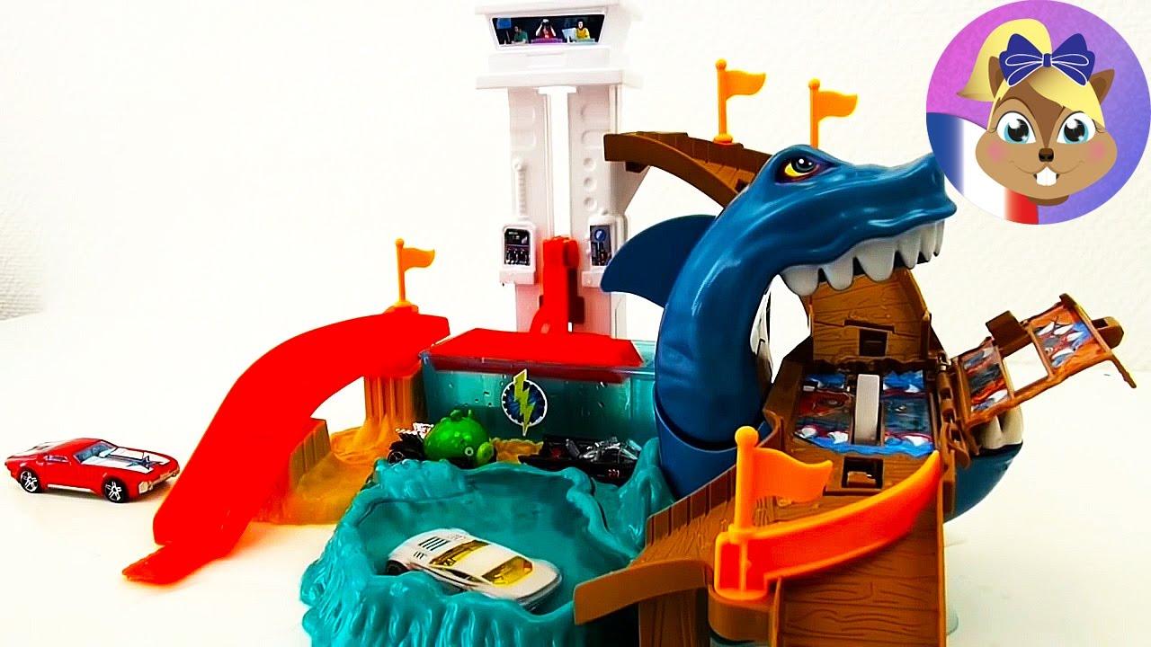 hot wheels cars color changers shark attack piste de jeu requin attaque d mo youtube. Black Bedroom Furniture Sets. Home Design Ideas
