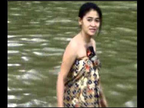 Image Result For Ngintip Cewek Mandi