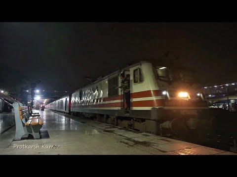 12002 BHOPAL SHATABDI Express departing from New Delhi railway station