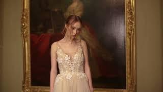 Daniella - The airy unique wedding dress \\ Anna Skoblikova