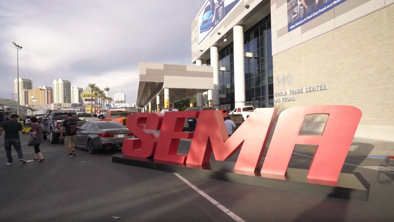 Truck Hero SEMA 2017 Day 3 Highlights