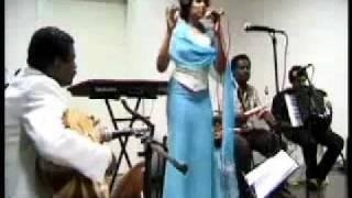 اغاني نانسي عجاج   صور نانسي عجاج   تحميل اغاني سودانية mp3 20112