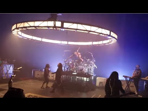 Korn perform new songs Cold, Finally Free + Can You Hear Me live for 1st time...!