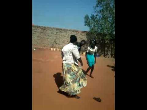 (Rosa mayen) Dancer of south sudan women(video office)