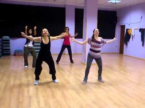 bailoterapia para bajar de peso con musica electronica