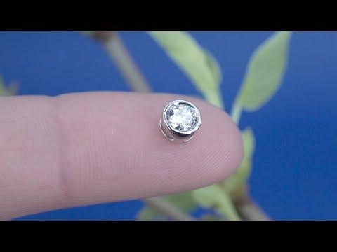 Круглый кулон с бриллиантом от Diamond Gallery