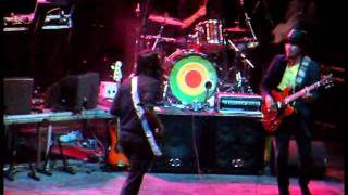 Thievery Corporation - Facing East (live @ Lycabettus - Athens, 14/7/11)