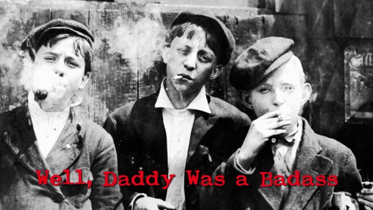 Smoking strocking