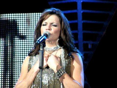 Martina McBride-Help Me Make It Through The Night