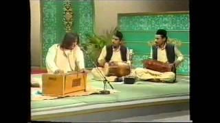 Aziz mian vs Sabri bros Peena Weena Chor vs Hai Kambhakth Tu Na Pee Hi Nahin
