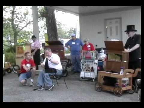 Musical Saw & Crank Organ Trio