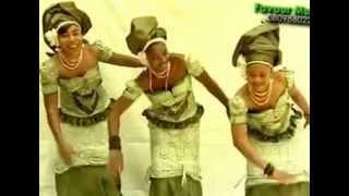 Evang. Mba Mbaraogu performs Amara Chukwu Part 2