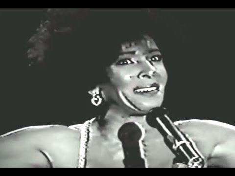 Shirley Bassey - GOLDFINGER / Diamonds Are Forever (1990 Live in Costa Del Sol)