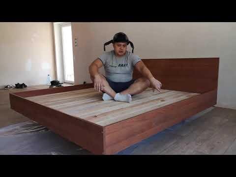 Супер-кровать своими руками из остатков досок.