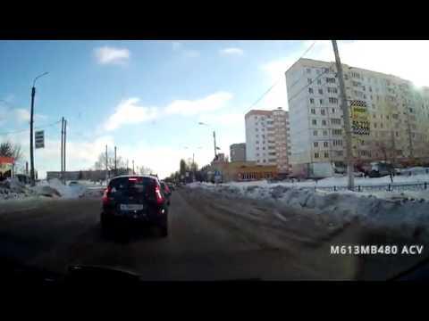 18+ ДТП в Ельце на ул. Коммунаров