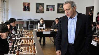 Шахматы. Гарри Каспаров  в сеансе разнёс в щепки Мастера ФИДЕ!