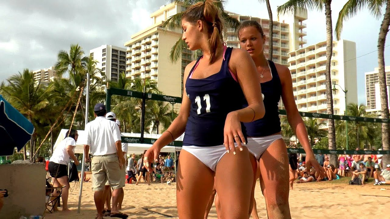 waikiki beach girls