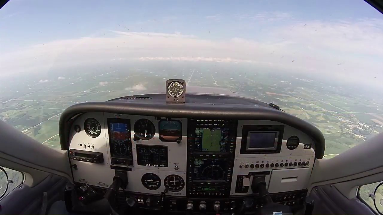 S-Tec 3100, Aspen and Avidyne 550 doing an LPV full approach with hold,  hands off