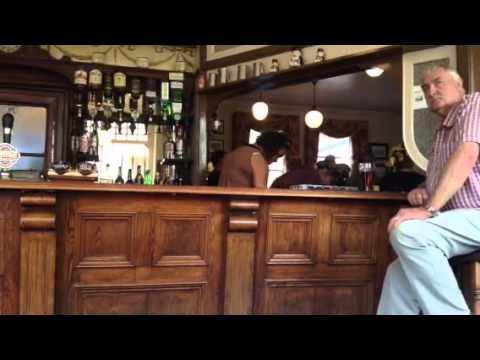 Broadstairs pub sing around Aug. 2013