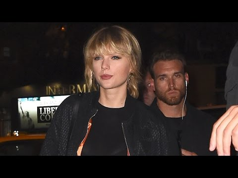 Taylor Swift Wants 'Personal' Photo In Groping Lawsuit Kept Private