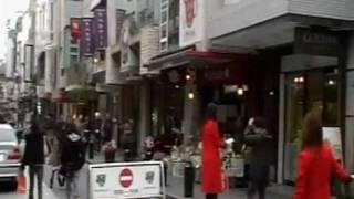 横浜に伝わる『赤い靴をはいてた女の子』の物語をモチーフにして曲を作...