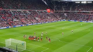 Free kick Gaston Pereiro (PSV - FC Utrecht, 11-08-2018)