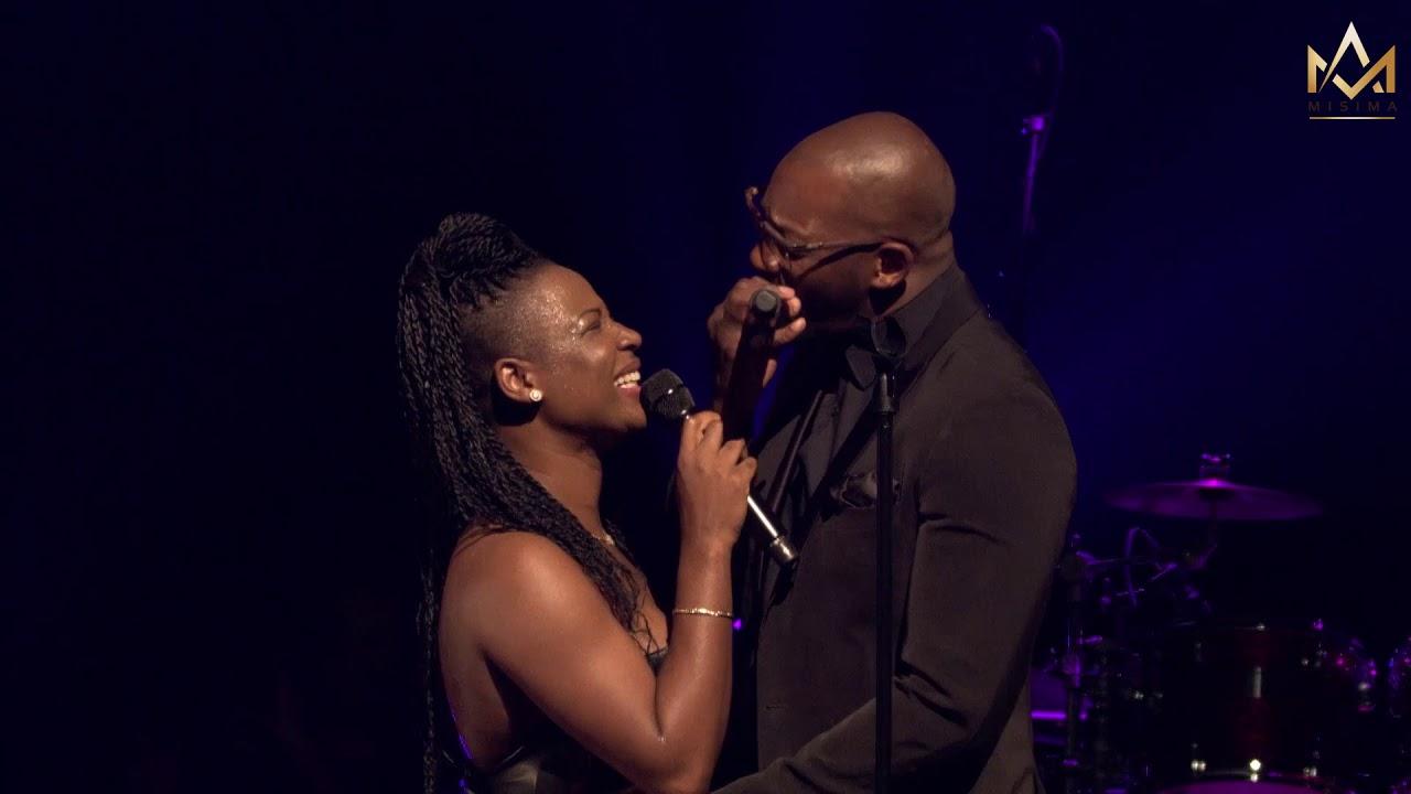 Singuila : Le chanteur dévoile tout sur sa relation avec Charlotte Dipanda