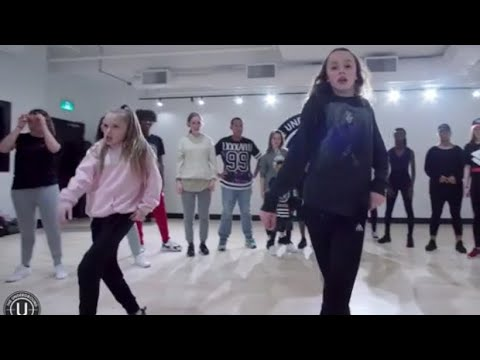 Taylor and Reese Hatala choreography