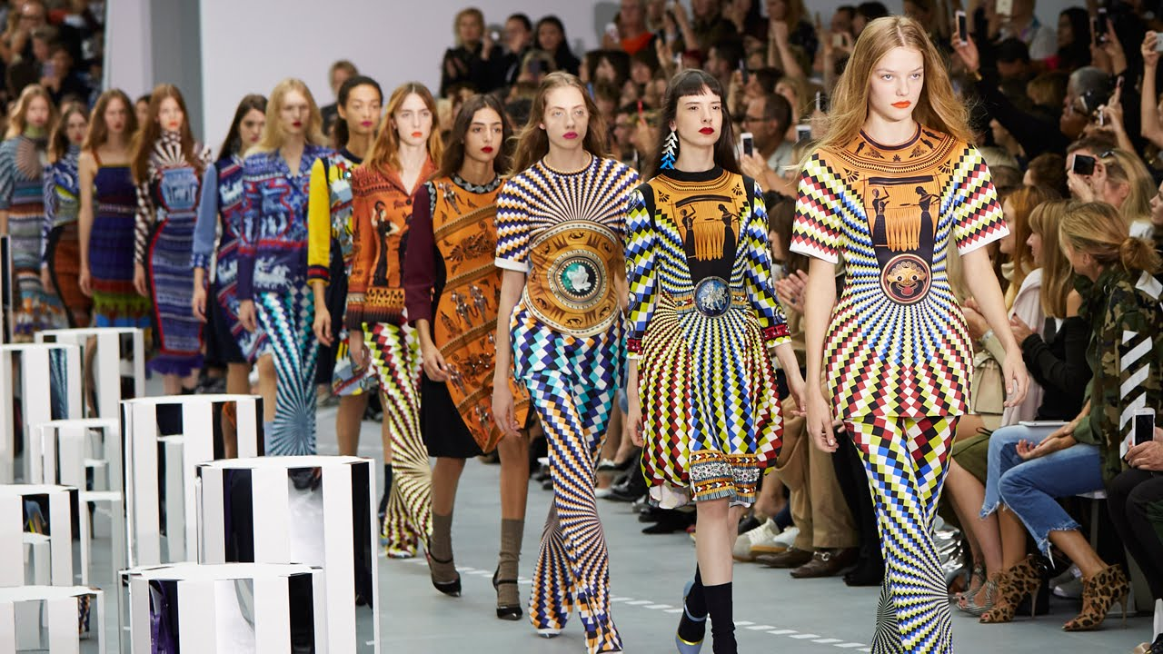 Celebrating 32 Years Of London Fashion Week British Fashion Council Google Arts Culture