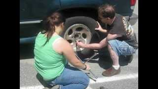 How To Change A Tire On A 1996 Ford Explorer