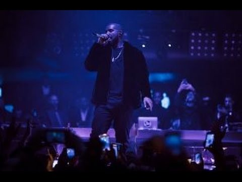 """Drake Previews New Song from """"More Life"""" Live at Amsterdam"""