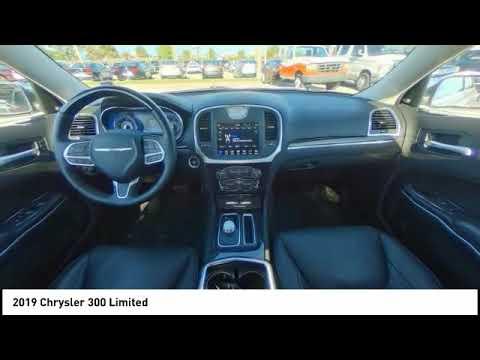 2019 Chrysler 300 Palm Bay FL EPB12355