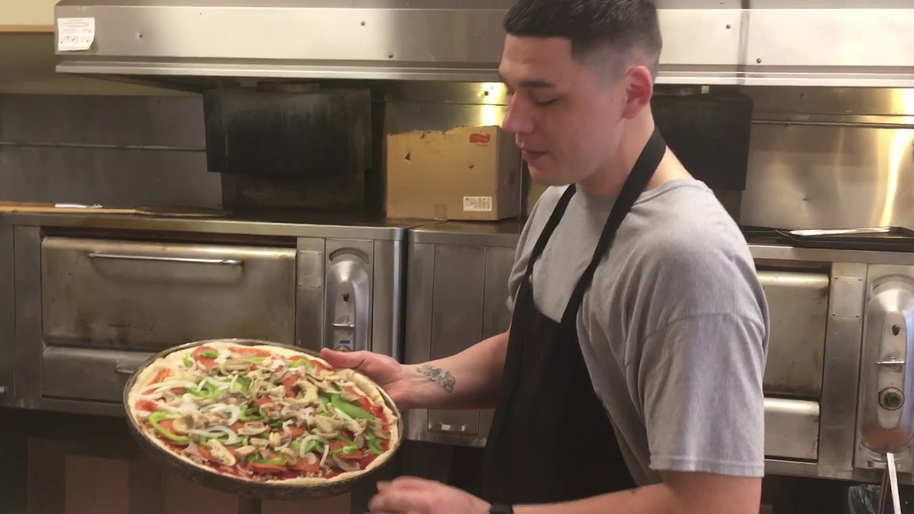 CITY EATS: A new generation at Highland Pizza - Entertainment