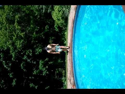 Pool Splash Cannonball big cannonball splash in pool - youtube