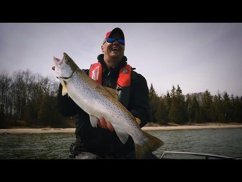 """Sturgeon Bay Brown Trout"" - In-Depth Outdoors, Season 10, Episode 22"