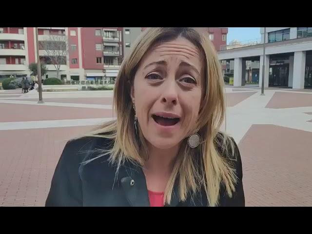 Giorgia Meloni: PAZZESCO!  41 migranti della Diciotti chiedono il
