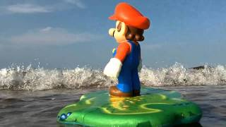 Mario Goes to the Beach - Surfs Up!