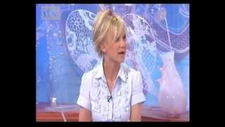 Lisa Maxwell wearing Jeetly blue shirt on Loose Women