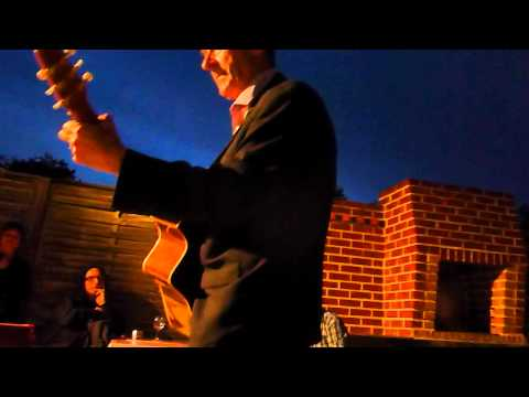 Hugh Cornwell Nieppe le 01/09/12 Always the sun ( Duo avec Sean ) / Cadiz / Goodbye Toulouse