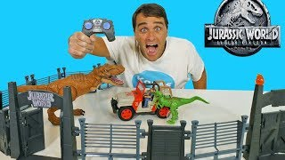 Jurassic World RC Jeep Wrangler Raptor Attack  !  || Toy Review || Konas2002