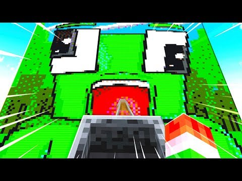 PLAYING WORLDS BEST FAN MADE MINECRAFT MAP!